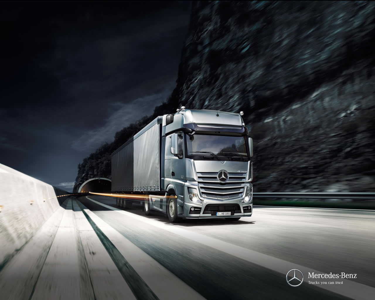 mb_the-new-actros_wallpaper-02_1280x1024
